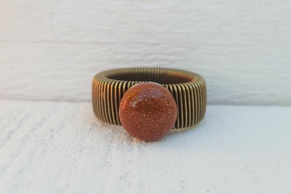 ring orange-brown