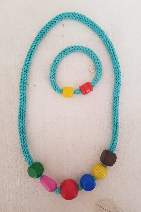 Door Roos kinderketting Turquoise met kralen
