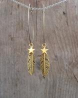 Door Roos oorbellen feather en star gold